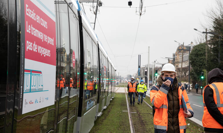 01-tramway-IDF-mobilises-1500-credit-Claire_Lise_Harvet-2021.jpg
